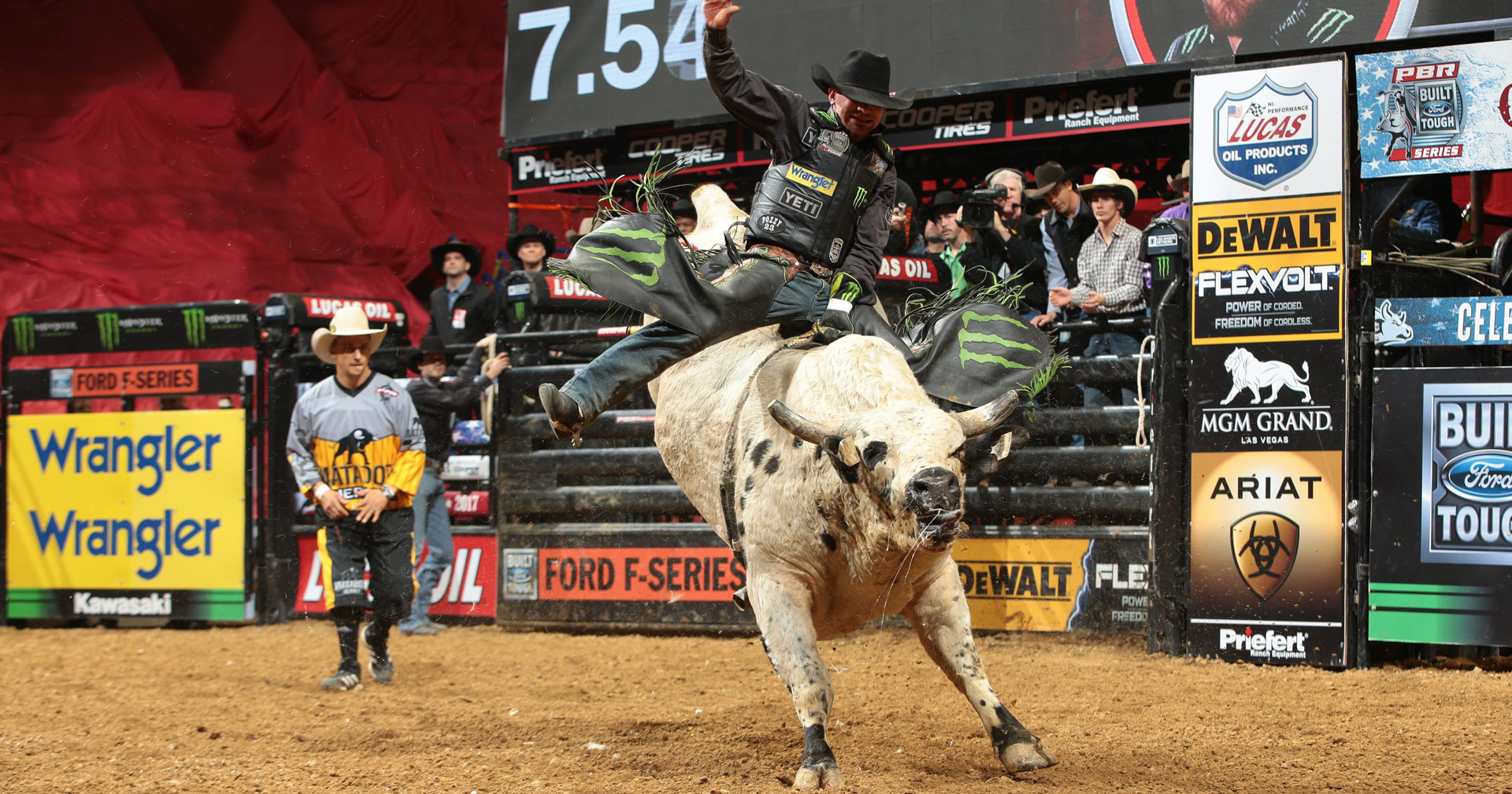 Chase Outlaw – Professional Bull Rider